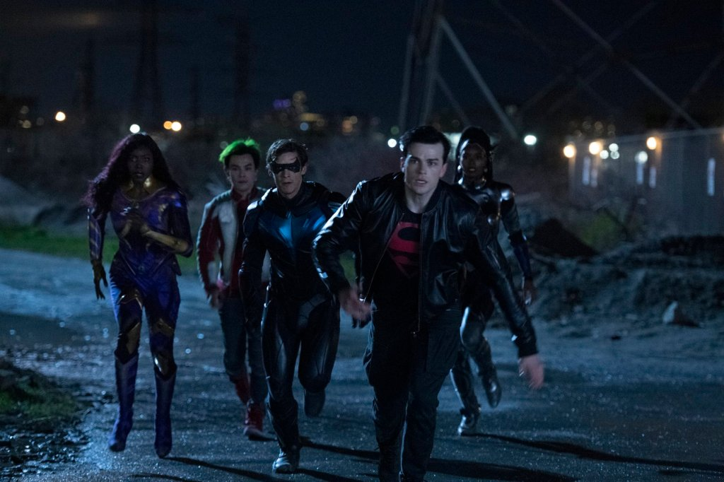 Superboy, Nightwing, Beastboy, Starfire, Blackfire, Titans, Titans Episode 8